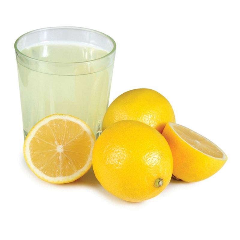 Lemon juice for dandruff free hair