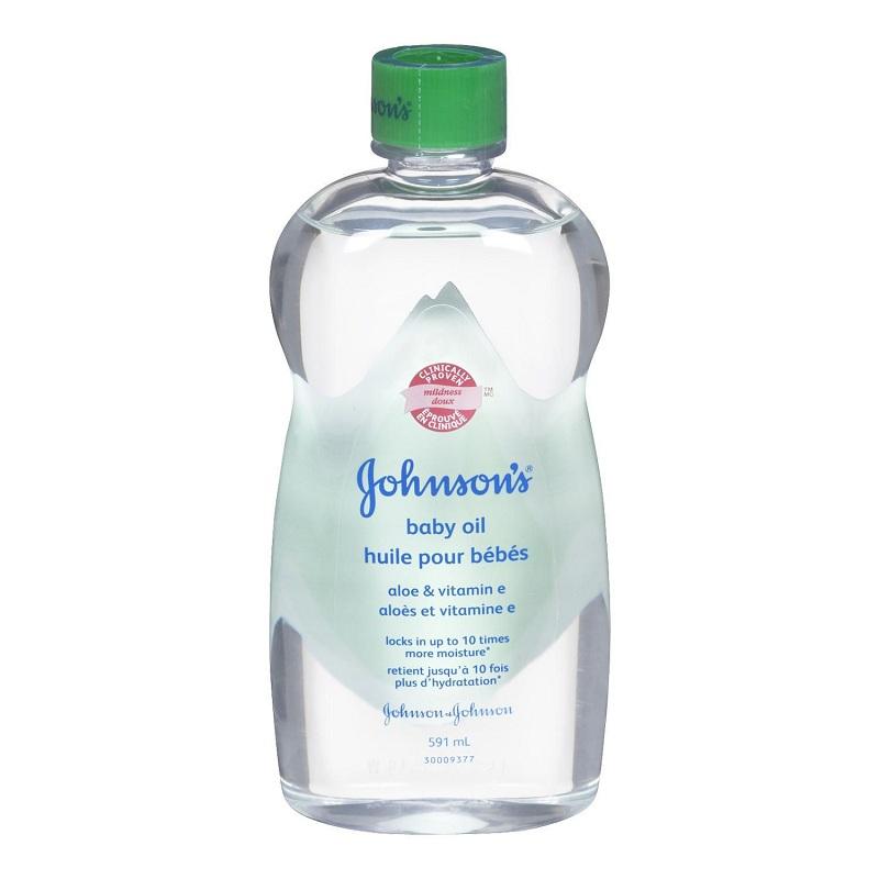 Baby oil for dandruff free hair